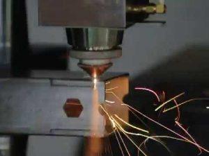 akurasi 1000w serat laser tabung mesin pemotong untuk laser cutting tabung dan profil
