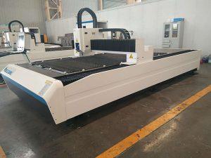 Cina mesin penjualan panas 400 W 600 W Murah lembaran logam CNC laser cutting harga mesin