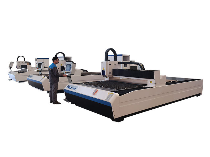 mesin pemotong logam laser